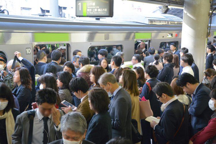 電車 混雑