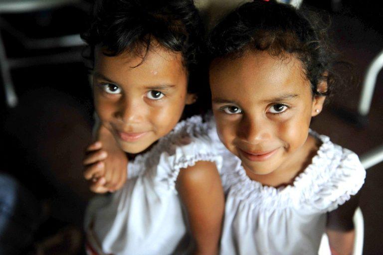 双子の絆は長寿の秘訣